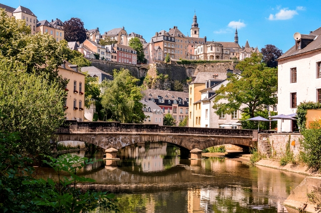 Lux 0244 Luxembourg City, Grund, bridge over Alzette river