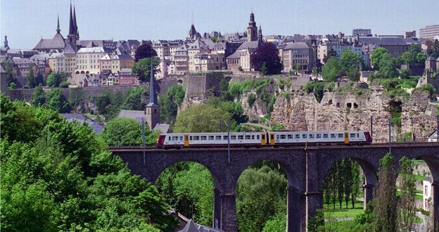 Resultado de imagem para luxembourg city