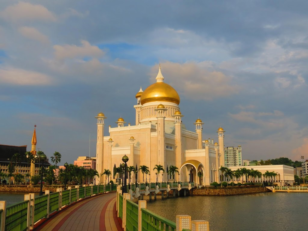 Bandar Seri Begawan, Brunei - Tourist Destinations