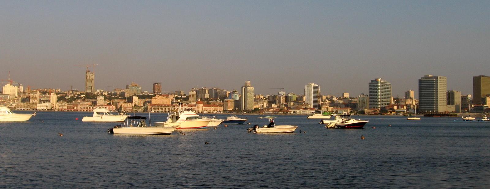 Bay_of_Luanda