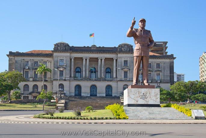 Praca-da-Independencia-Maputo
