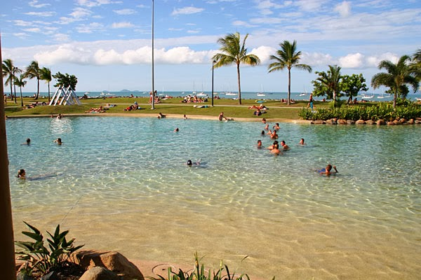 Getting From Hamilton Island Airport To Airlie Beach
