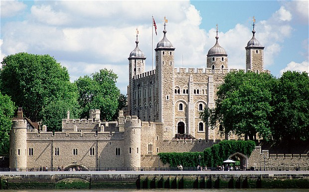 Tower-of-London_2376127b