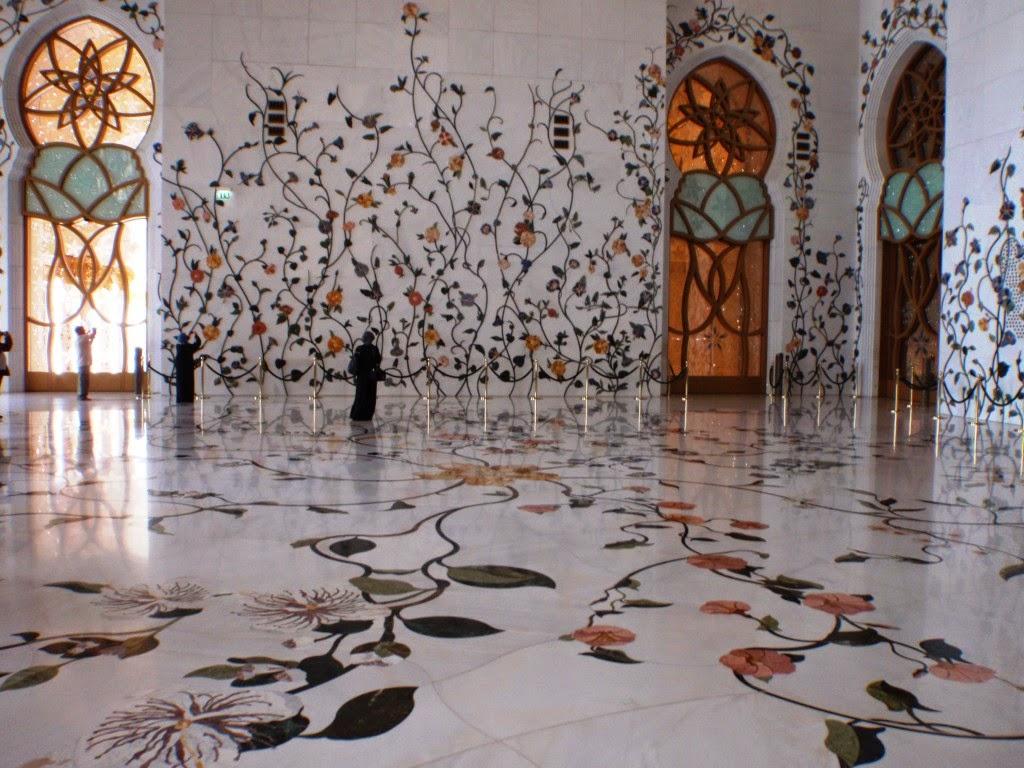 Sheikh Zayed Grand Mosque Abu Dhabi Uae Tourist