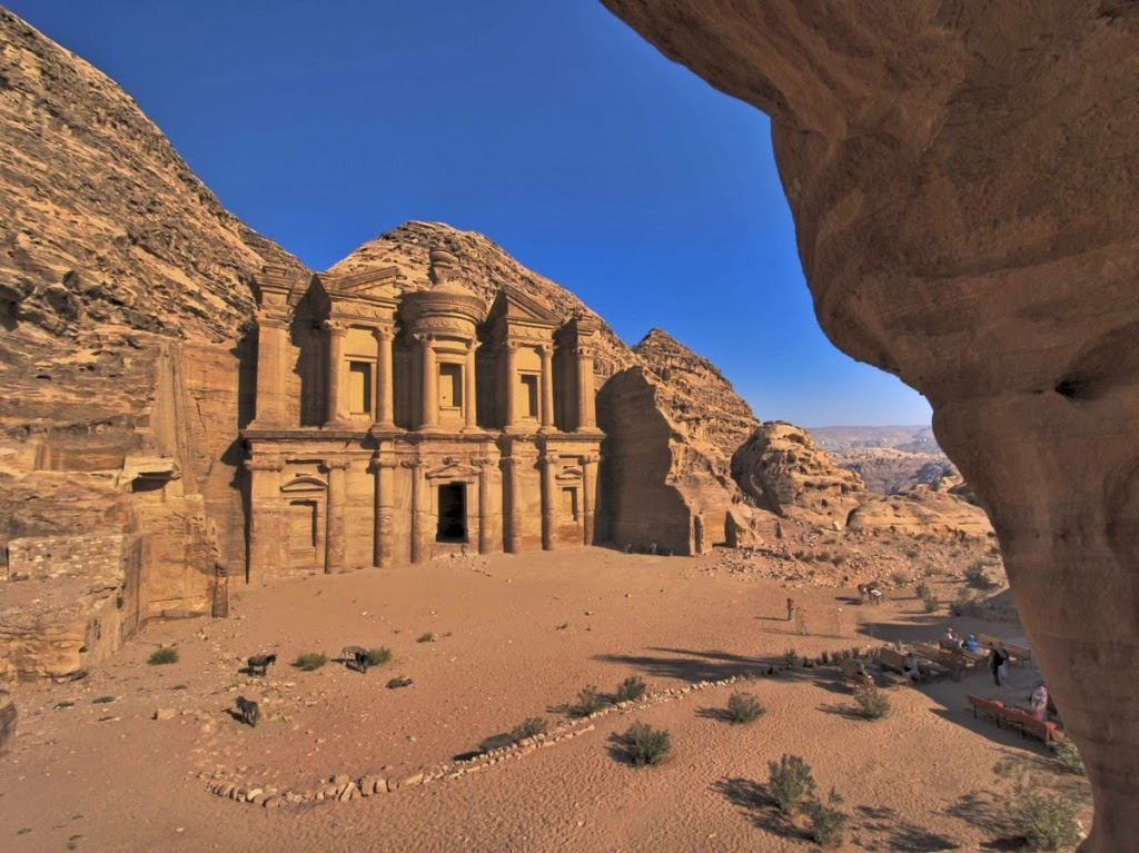 Petra world heritage site wadi musa jordan tourist for Top travel destinations in the world