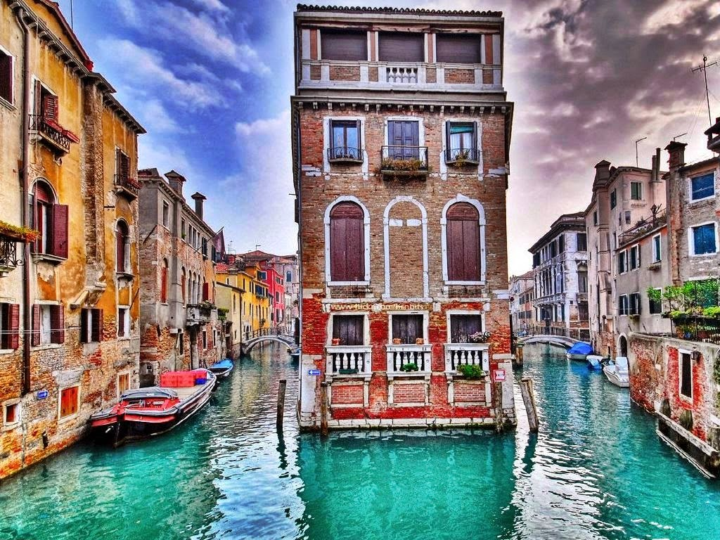 Venice italy tourist destinations for Best place to travel in italy