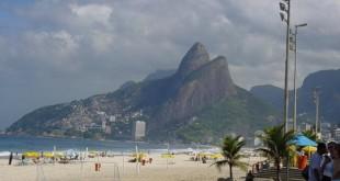 Rio_de_Janeiro-Ipanema_Beach