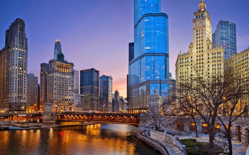 Illinois usa tourist destinations for Chicago hotels close to downtown