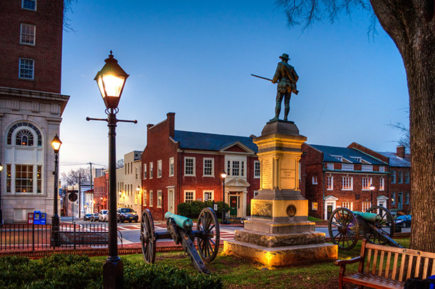 Charlottesville-Best-College-Towns