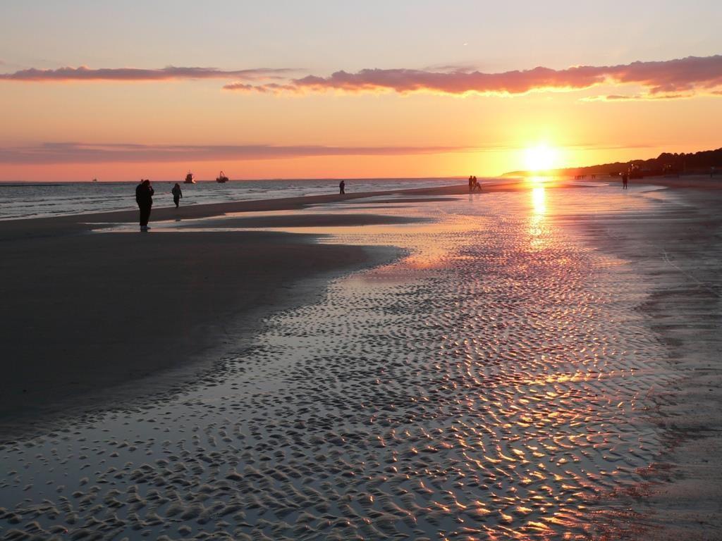 Sunset_at_the_Beach_on_Hilton_Head_Island