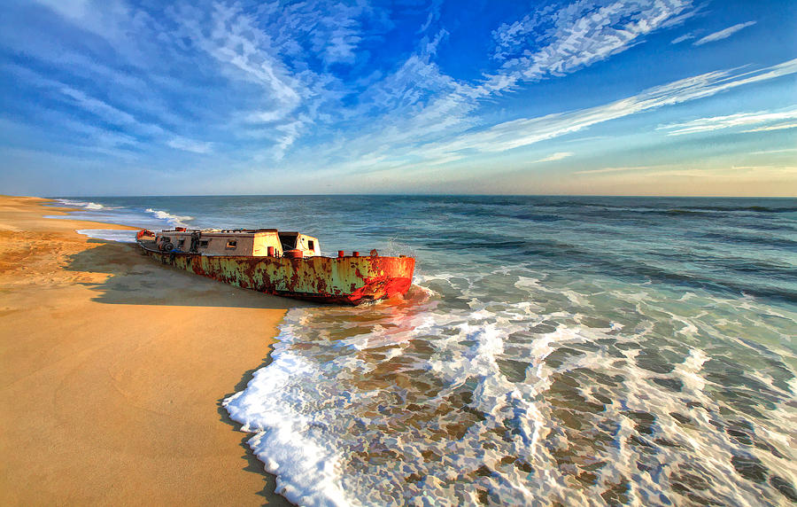 beached-boat-morning-outer-banks