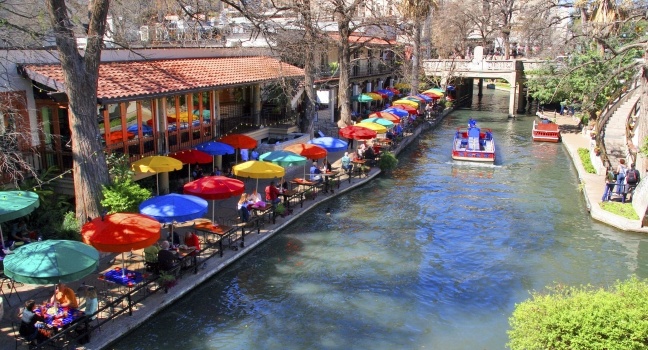 san-antonio-river-walk-san-antonio-texas-usa