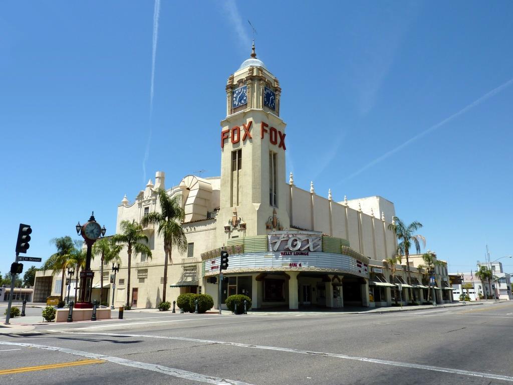 2009-0726-CA-Bakersfield-FoxTheater