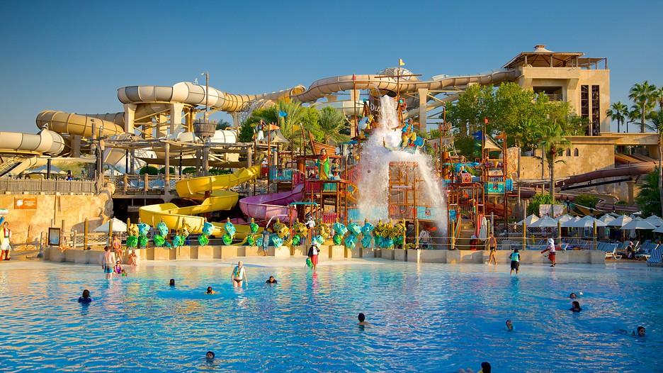 aquaventure waterpark dubai united arab emirates