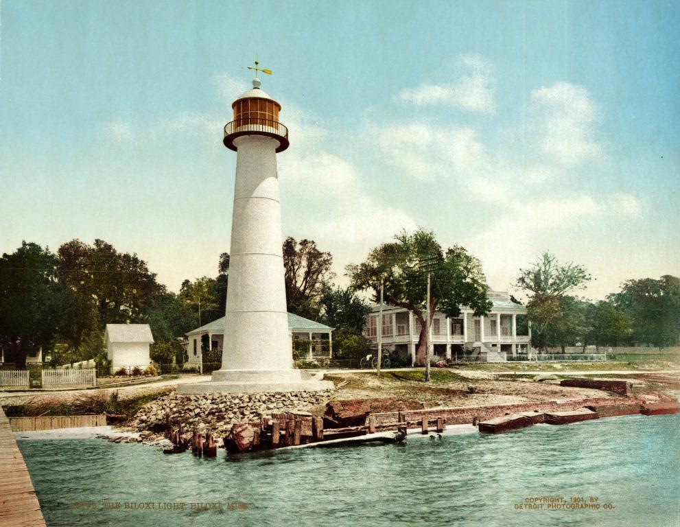 The_Biloxi_light,_Biloxi,_Mississippi,_1901