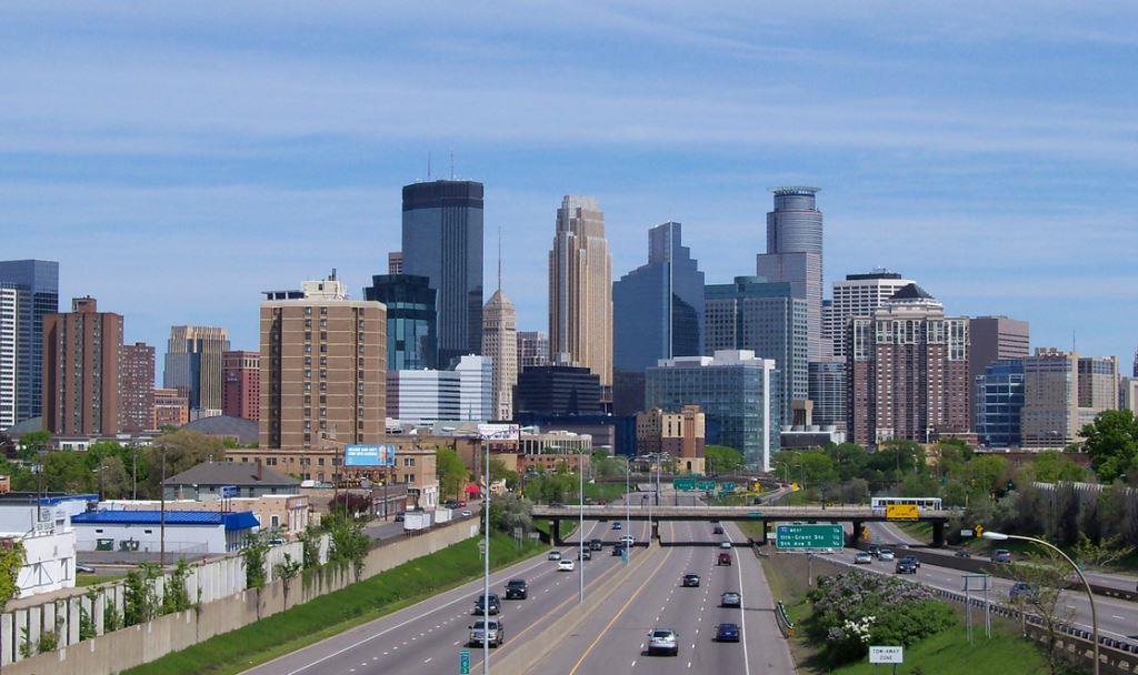 twin-cities-skyline1