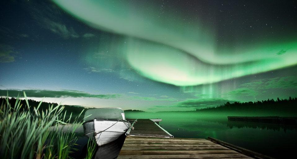 Aurora_borealis_Vee_Lake_Yellowknife_Canada_20110131
